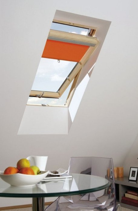 Room with OptiLight roof window